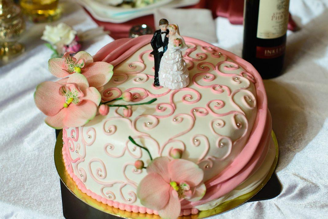 Tort weselny - na co zwrócić uwagę?